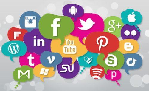 En France  70% inscrits réseaux sociaux consultent tous jours