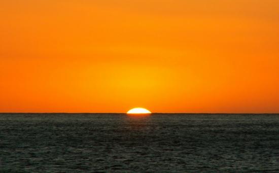 Fonds d 39 cran la s lection nature et paysages - Fond ecran coucher de soleil sur la mer ...