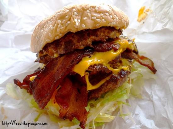 triple-bacon-cheeseburger