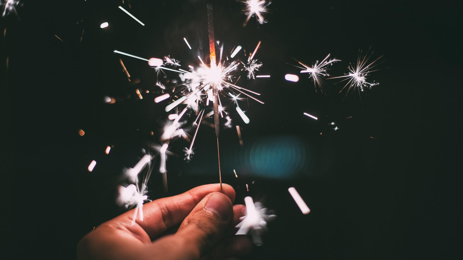 10 fonds d cran pour souhaiter une bonne ann e 2017 for Fond decrand