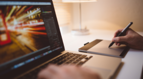 10 formations en design : bases de Photoshop, Mastère 3D-VFX, After Effects…