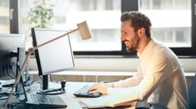 10 offres d'emploi web en CDI : développeur, graphiste, UX designer...