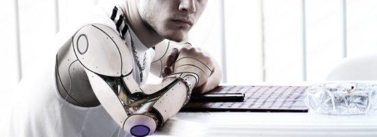 Pseudo-IA : quand des humains se font passer pour de l'intelligence artificielle