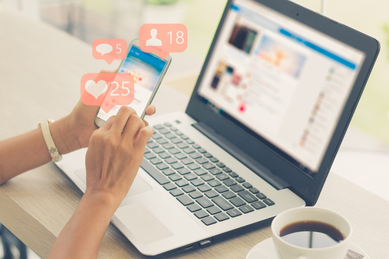 Vous souhaitez améliorer votre stratégie sur les réseaux sociaux ? Voici 5 formations sélectionnées pour vous.