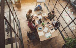 4 plateformes collaboratives pour gérer efficacement votre travail en équipe