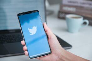 Twitter teste le signalement de «tweets trompeurs» par les utilisateurs