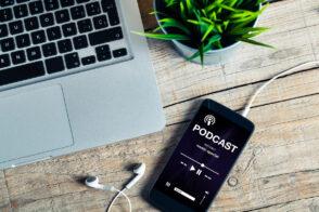 10 podcasts pour les professionnels du digital