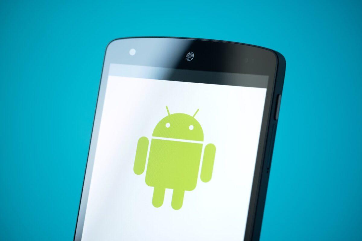 Android : les anciens smartphones seront privés de certains sites web en 2021