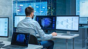 Intelligence artificielle : 5 applications concrètes dans l'industrie, la cybersécurité, le commerce…
