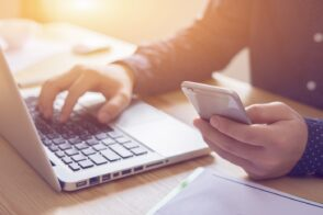 La publicité numérique a conquis plus de la moitié du marché publicitaire en France en 2020