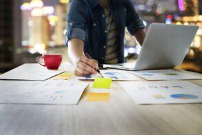 3 formations certifiantes pour se former au webmarketing et développer une activité de formation