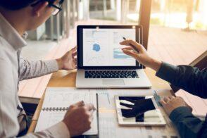 Interview : comment réussir sa stratégie de développement commercial en 2021